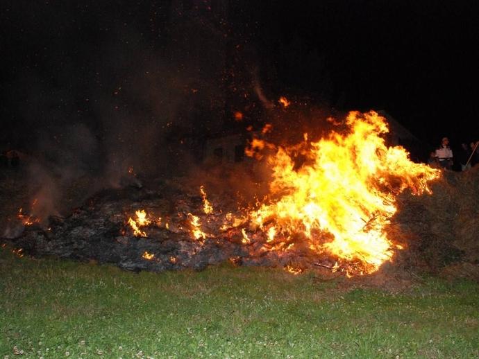 Ambiente, ordinanza antiroghi agricoli: polemiche nel dopo incendio del Primo luglio