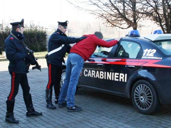 Droga, operazione antispaccio dei Carabinieri di San Vitaliano: arrestato residente