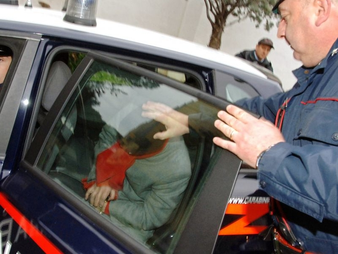 San Vitaliano, blitz antidroga dei Carabinieri della stazione locale: arrestato un residente