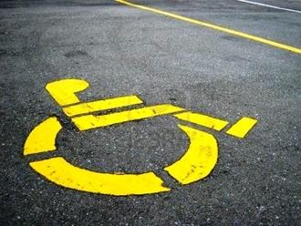 San Vitaliano attenta ai più deboli: in fase di istallazione due parcheggi per diversamente abili