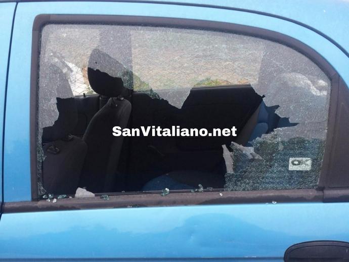 San Vitaliano, la strage delle auto innocenti: ecco la nuova segnalazione di vetri frantumati