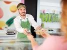 Rubrica lavoro: cercasi banconista per pasticceria a Marigliano