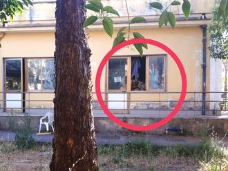 San Vitaliano, spaccano finestra e bruciano: Plesso Padre Pio visitato di notte