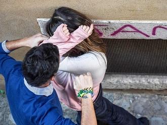 San Vitaliano, uomo aggredisce la sorella per danaro: arrestato dai Carabinieri