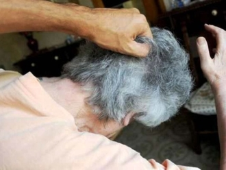 San Vitaliano, uomo picchia a sangue madre 70enne: salvata dai Carabinieri