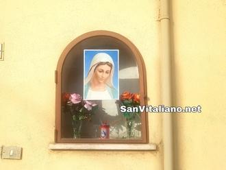 San Vitaliano, Madonnina rubata: una immagine in attesa della statuetta originale