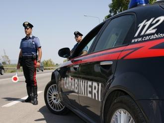 Cerca di corrompere i Carabinieri di San Vitaliano: arrestato