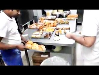 San Vitaliano, getta cibo a causa del blocco della circolazione: boom di condivisioni