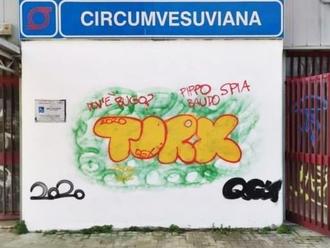 San Vitaliano, la stazione si colora di murales. La segnalazione di un conterraneo...