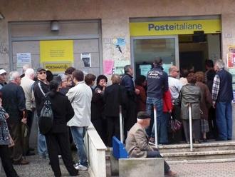 Evitate banche e poste, l'appello di un nostro concittadino a fare tutto da casa o posticipare