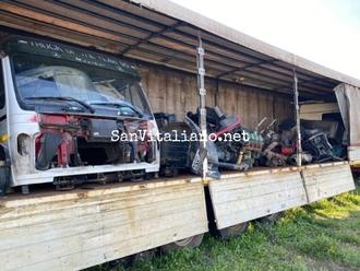 5.000 mt di Discarica abusiva di motori ed olii pericolosi: arrestato dai Carabinieri di San Vitaliano