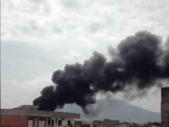 San Vitaliano, un cassone di un trattore utilizzato per bruciare rifiuti: sequestrata area di 100mq