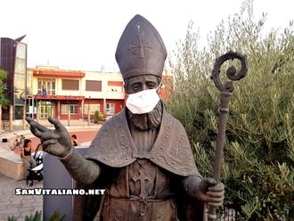 San Vitaliano con la mascherina contro l