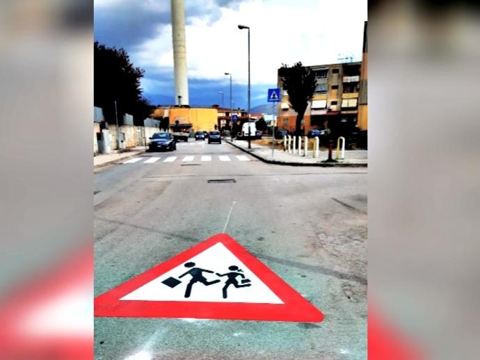 San Vitaliano si prepara alla riapertura delle scuole con la nuova segnaletica orizzontale