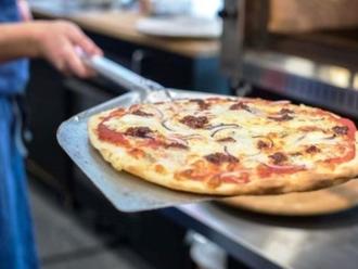 Ristorante Pizzeria di Nola cerca Cameriere