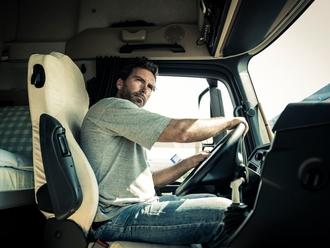 Rubrica lavoro, cercasi autotrasportatore per tragitti locali