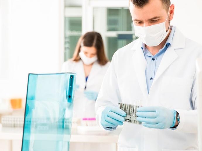 Rubrica lavoro, laboratorio analisi di Marigliano cerca infermiere